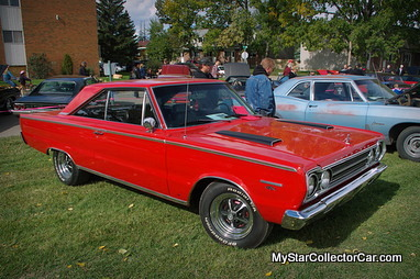 November 28 2013 The Hood Scoop Is Old School Cool And May Even